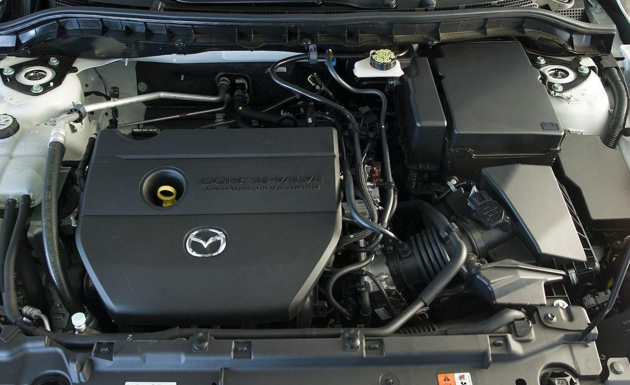 تعمیر موتور مزدا mazda